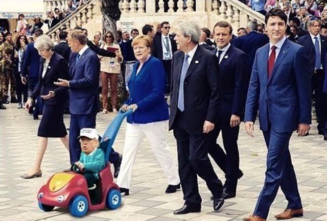 G7  kisautós.jpg