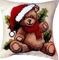 Vervaco Christmas Bear Pillow.jpg
